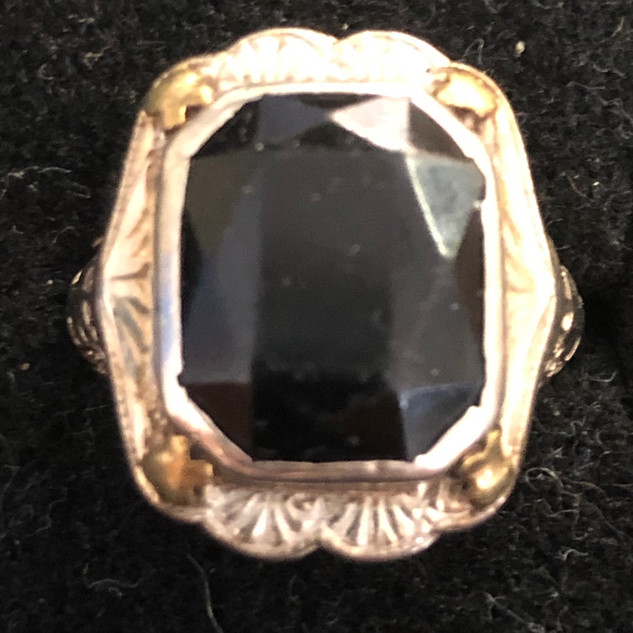 14kt gold/Onyx Ring