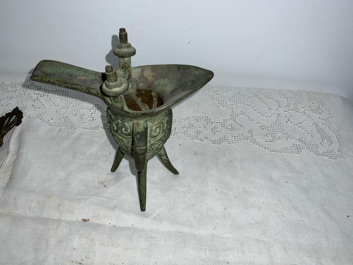 Antqiue Bronze Vessel