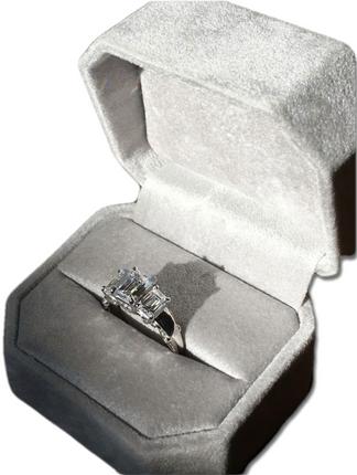 3 Stone Emerald Ring