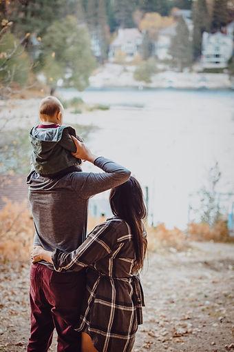 181105_Cara McKay family_213-Edit.jpg