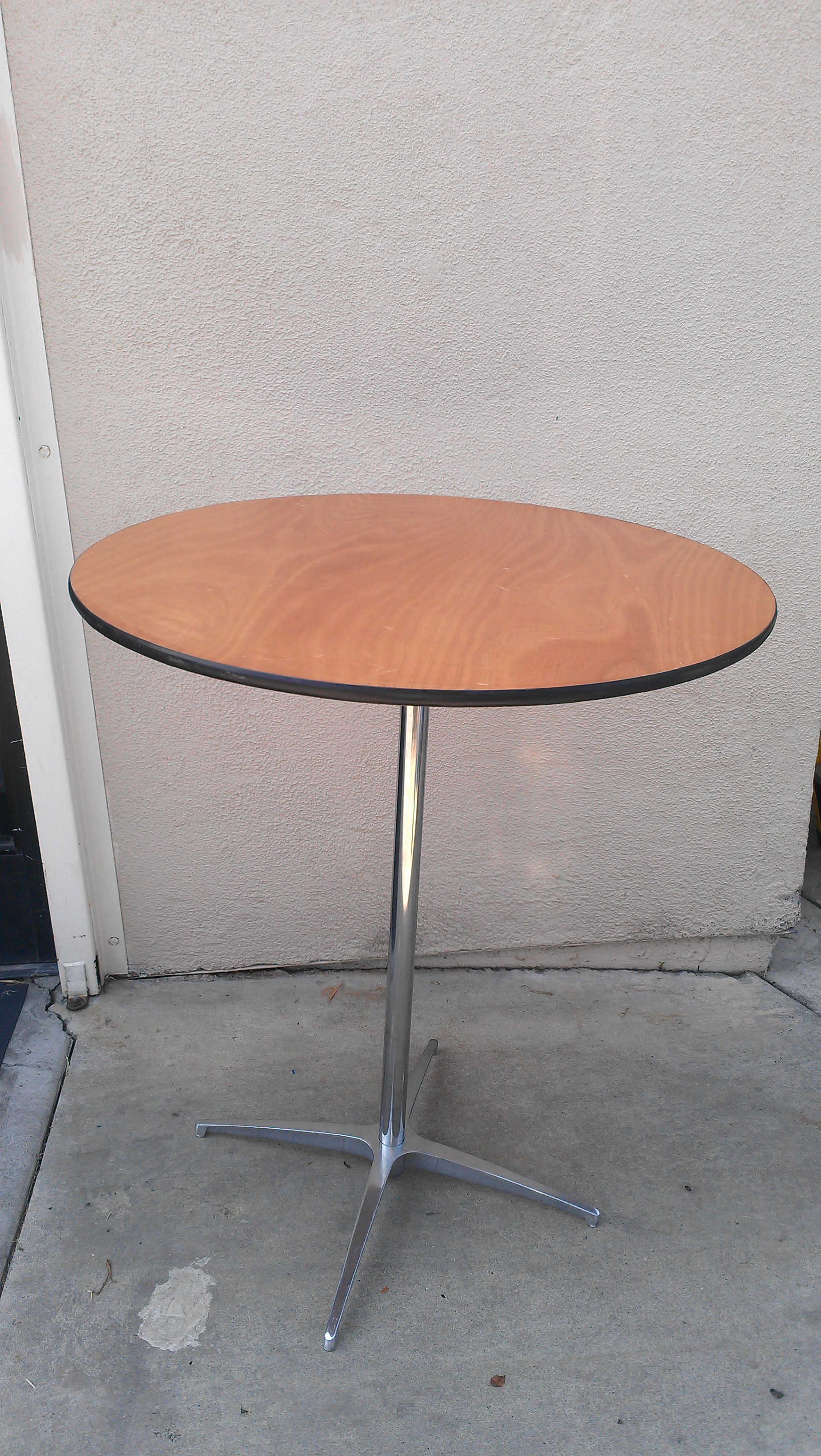 cocktail table.jpg