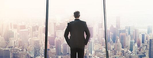 crisis-management-senior-business-leader