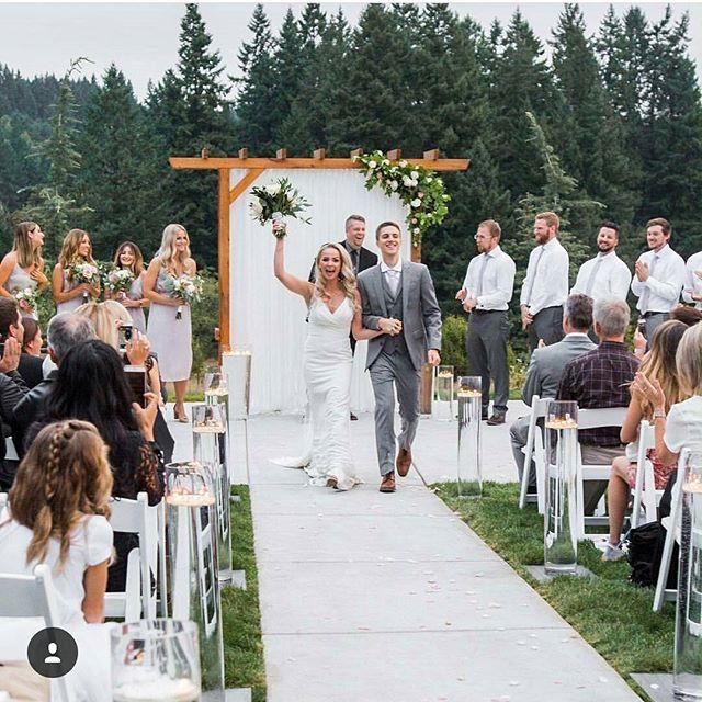 A beautiful wedding from a few weeks back! ._