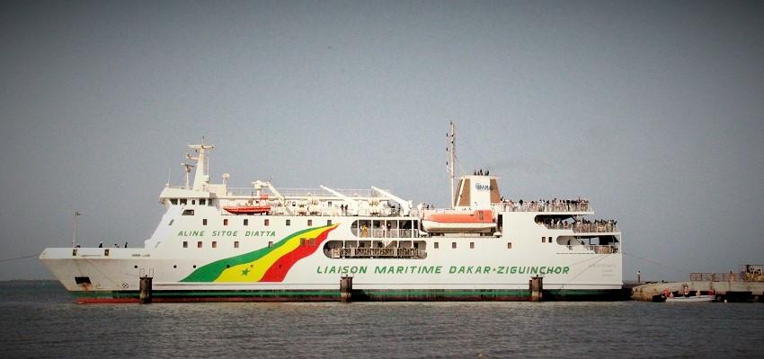 Le navire Aline Sitoe Diatta