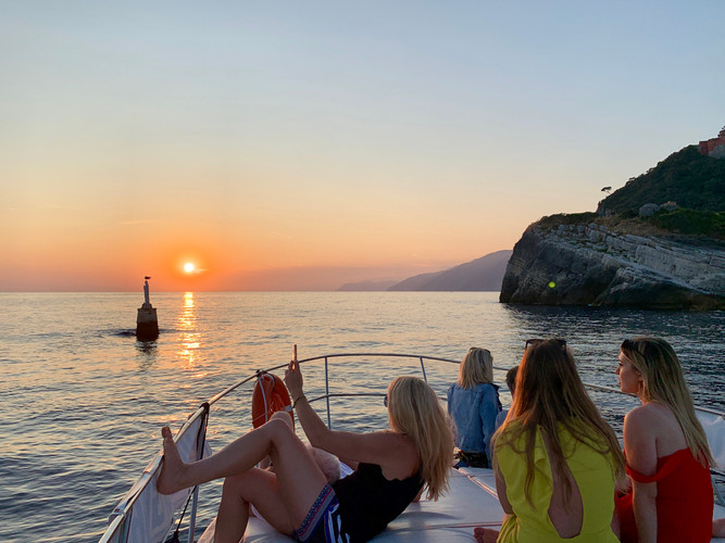 CINQUE TERRE SUNSET WINE AND FOOD