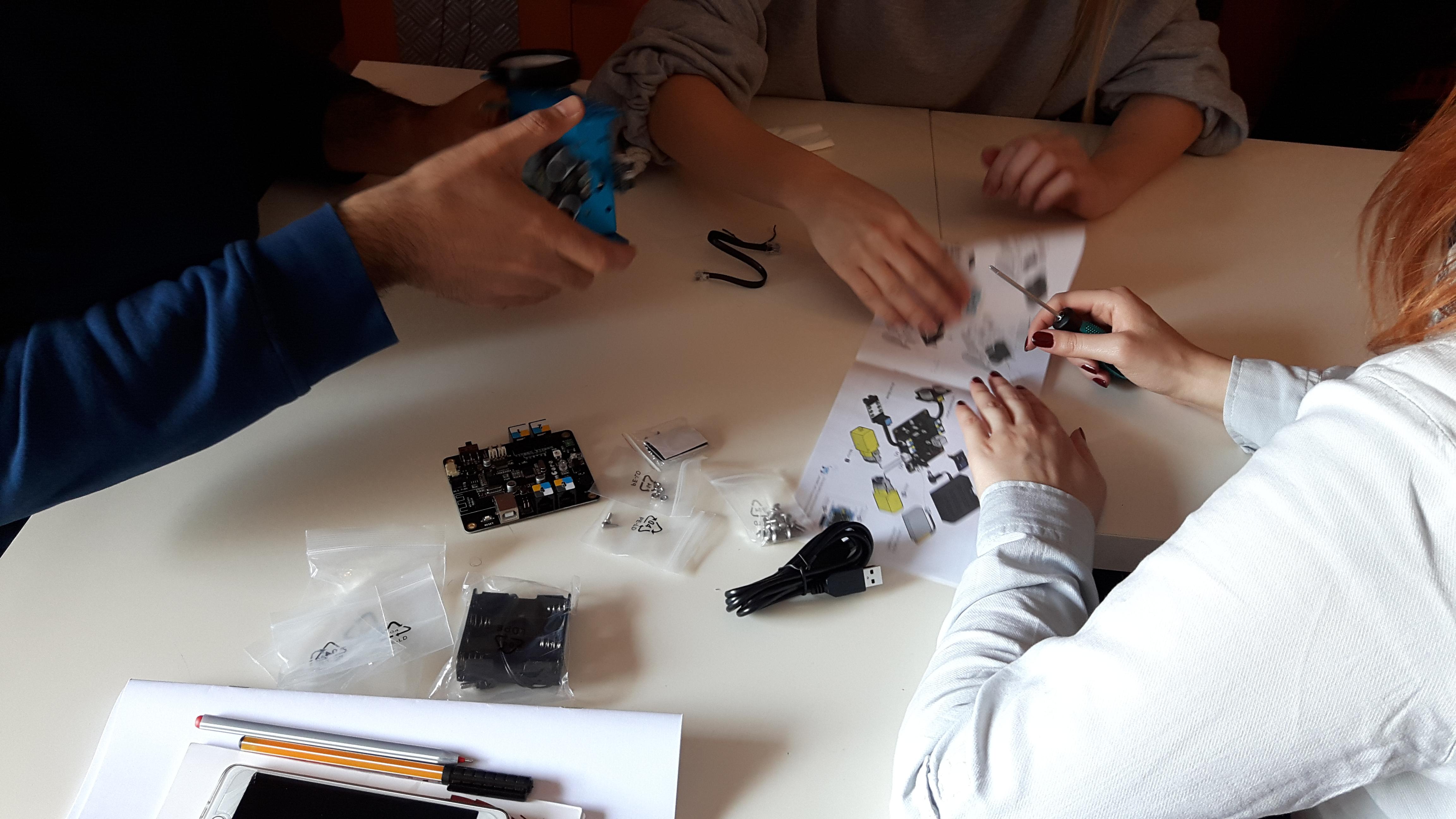 robotik eğitim akademisi maker16