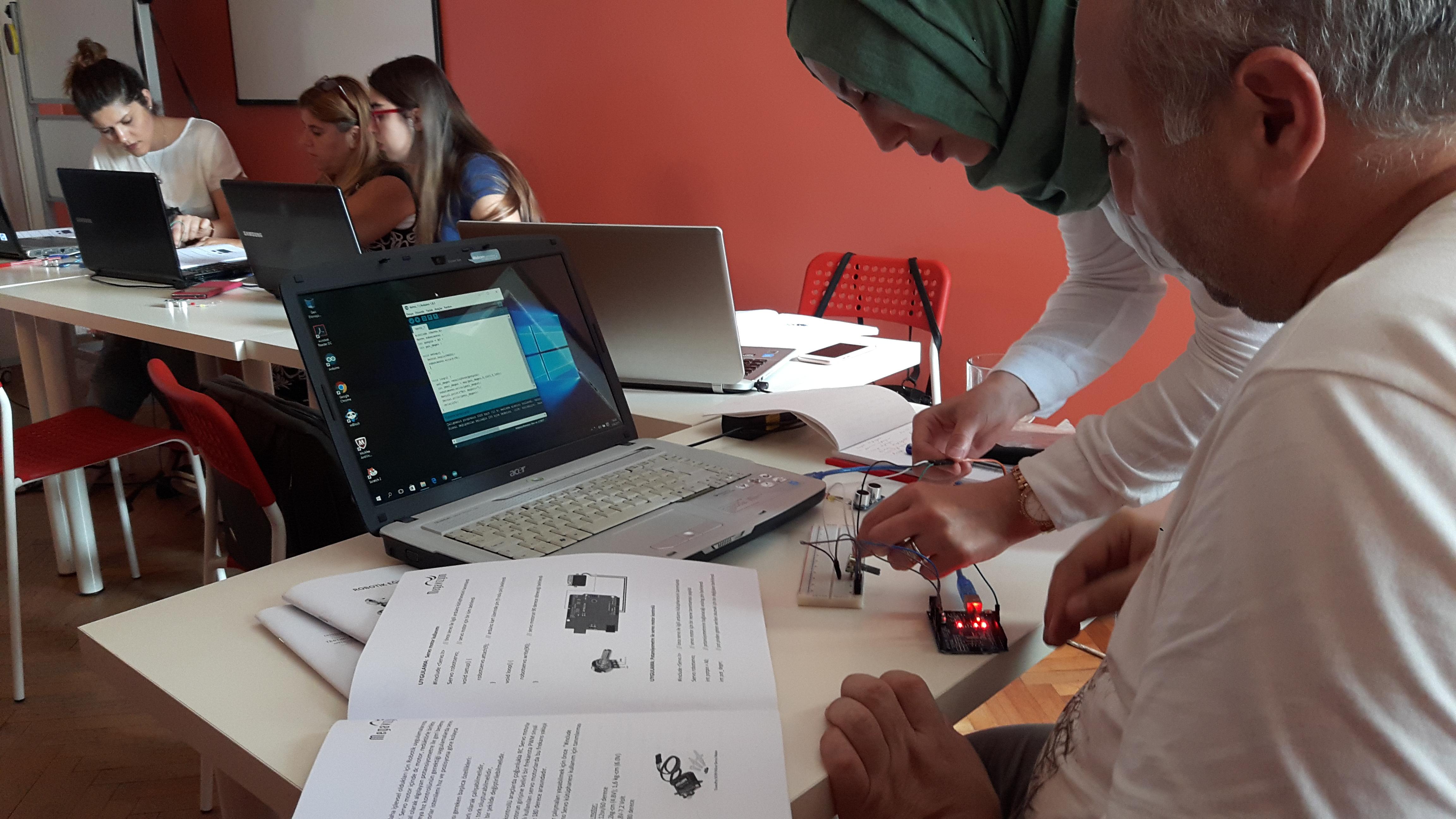 robotik eğitim akademisi 9