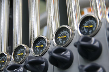 pressure-2365914_1920.jpg