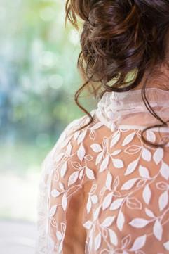 Dos en dentelle robe de mariée sur mesure Anne-Laure Neves Bordeaux