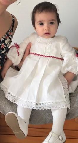 Robe de bapteme ou de cortege enfant
