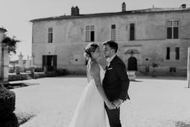 Robe de mariée sur mesure selon os envies créatrice Anne-Laure Neves en Aquitaine