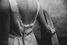 Dos danseuse d'une robe de mariée sur mesure création d'Anne-Laure Neves