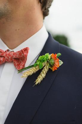 Noeud papillon liberty pour le marié, réalisé par Anne-Laure Neves