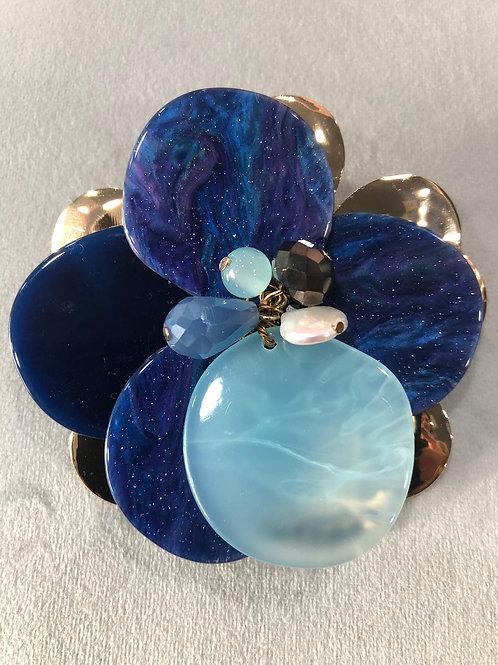 Broche azul resina y piedra