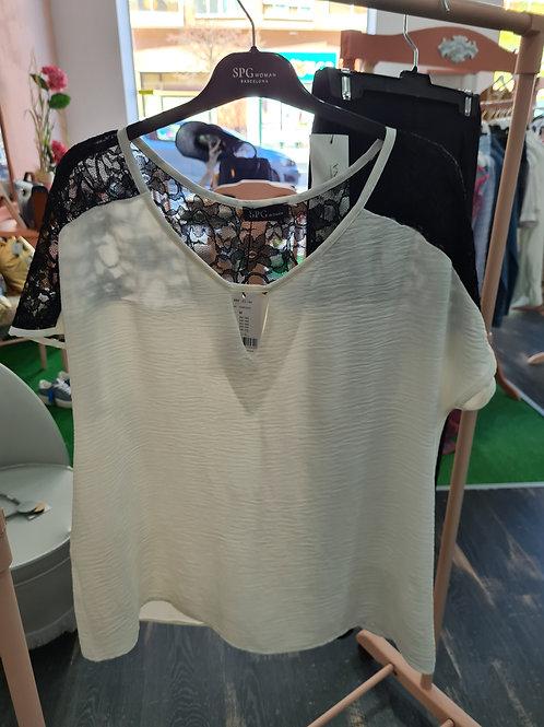 Blusa talla grande blanca y negra