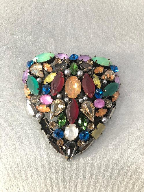 Broche circonitas corazón