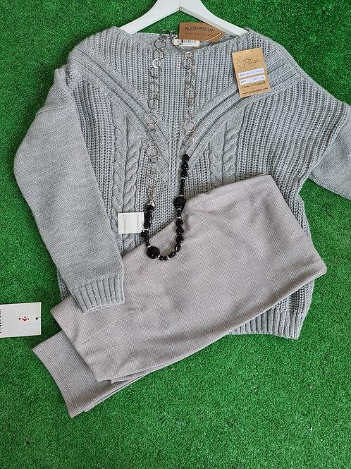 Pantalón  gris cuadritos