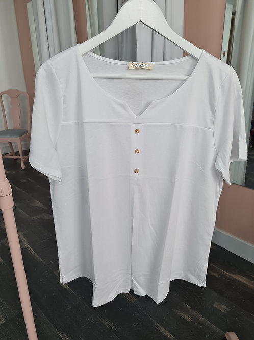 Camiseta botón blanca