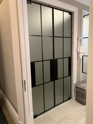 Frosted Door Checkered