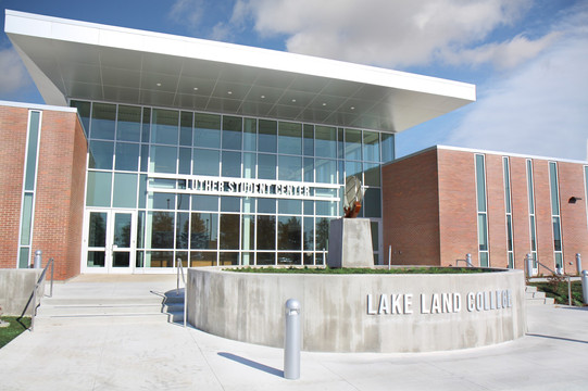 Lake Land College - Luther Student Center