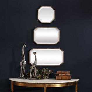 Trois Mirrors