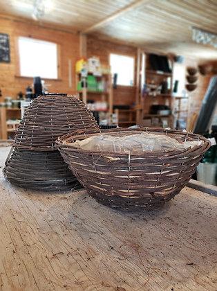 """Flat bottomed hanging basket - 16"""""""