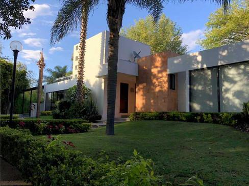 Residencia en el cristo green 16