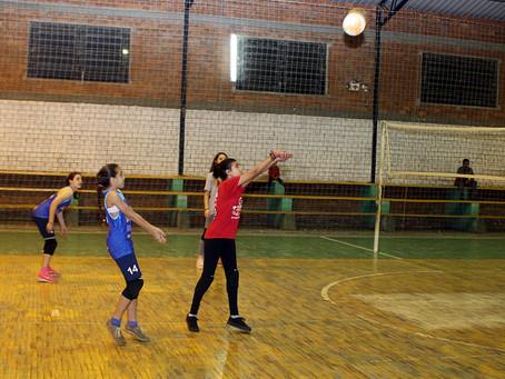 Voleibol  feminino na pauta da semana