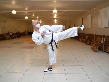 Taekwondo: turma de quinta-feira