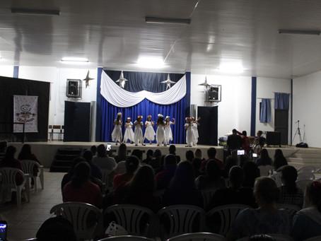 Grupo de Teatro surpreende e emociona público na escola Copetti