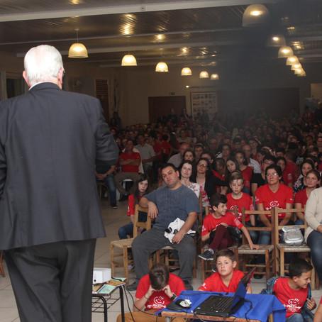 Presidente da CELETRO palestra aos alunos do Projeto