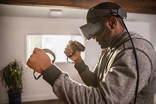 Oculus-Rift-S-Lifestyle-1.jpg