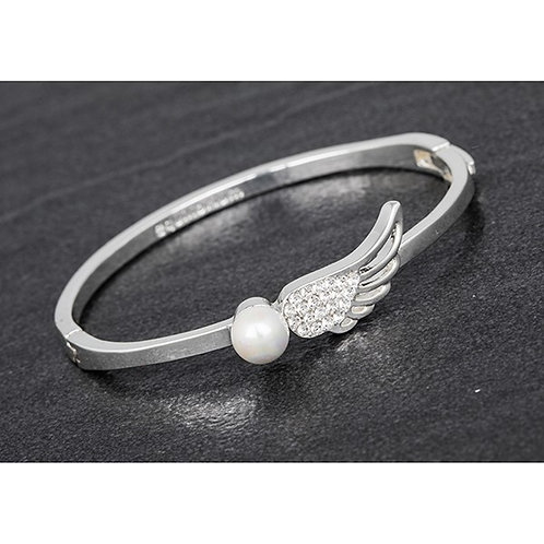 Angel Wing with Pearl Bracelet