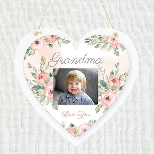 Grandma Hanging Heart - Photo