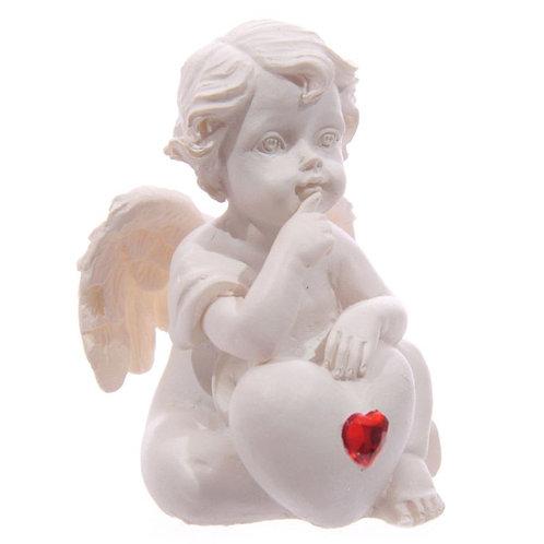 Cherub - Thinking holding Heart