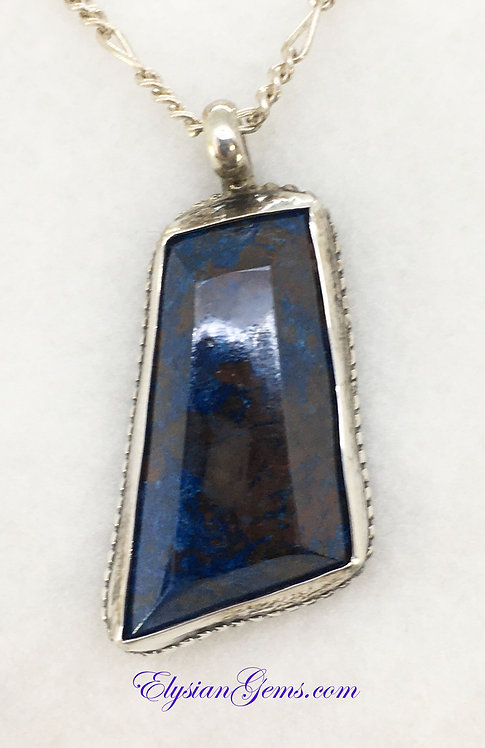 Lapis Lazuli Pendant Set in Sterling Silver