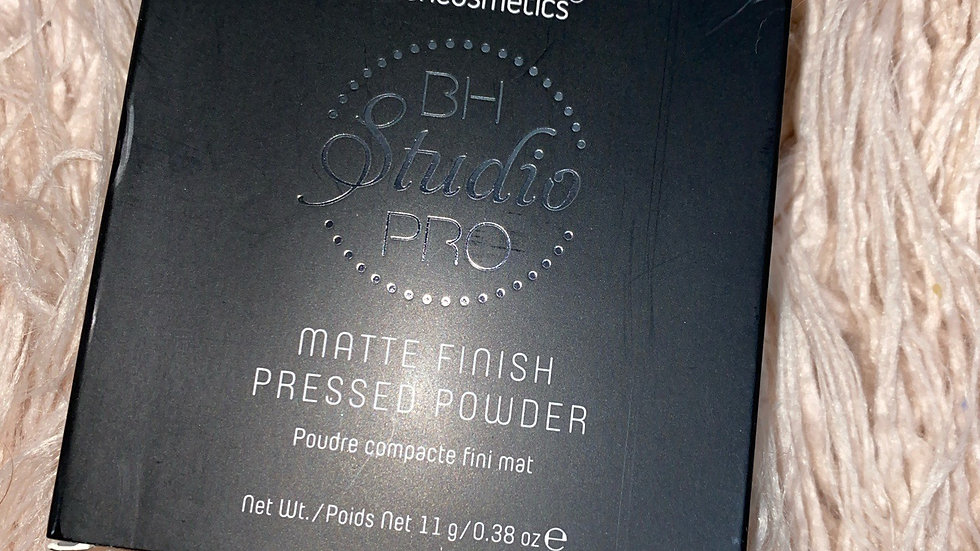 BH Cosmetics Studio Pro Matte Finish Pressed Powder
