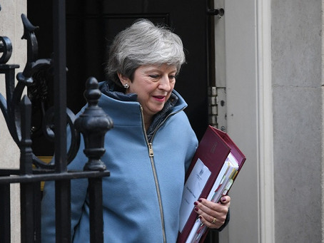 Three Cabinet ministers publicly urge Theresa May to rule out no-deal Brexit