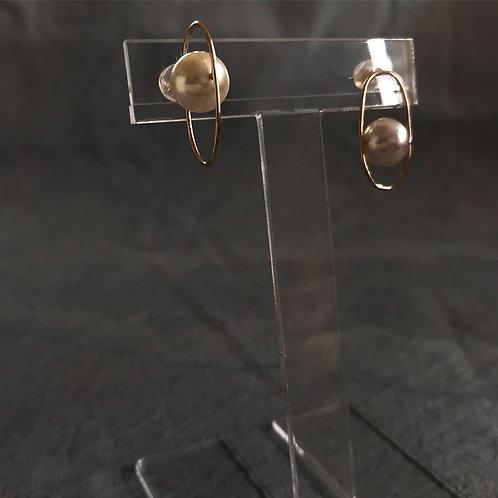 アコヤ本真珠(愛媛宇和島産)プラネットピアス(縦・片耳)