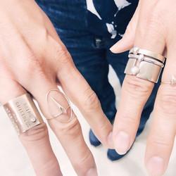 3face wide ring w/diammond
