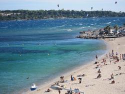 Location appartement Cannes Palm Beach bord de mer