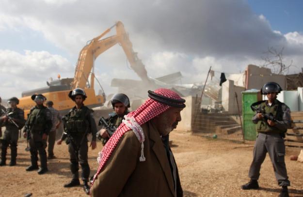 Bedouins_1u5y_israelipowerplan.jpg