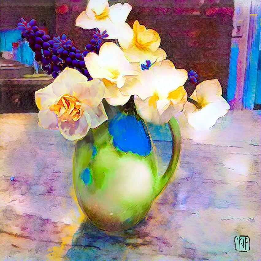 2021 April 27 Grape Hyacinths Daffodils
