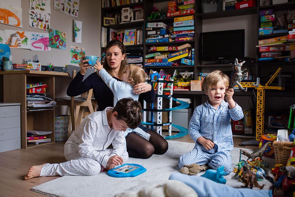 Documentaire de famille - Dans la salle de jeux