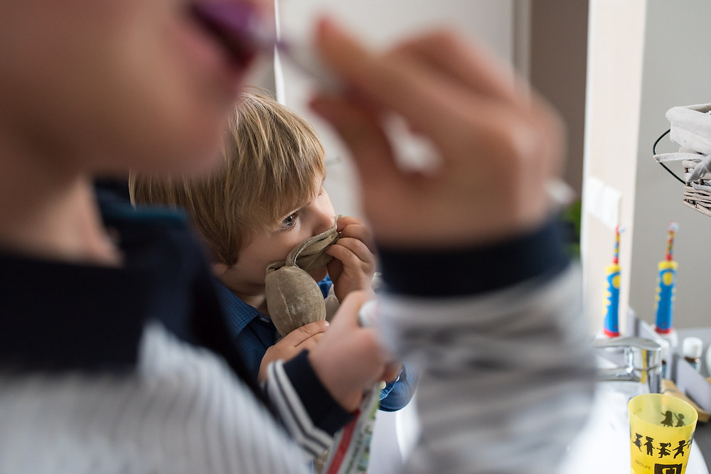 Photo des moments du quotidien -  Se brosser les dents