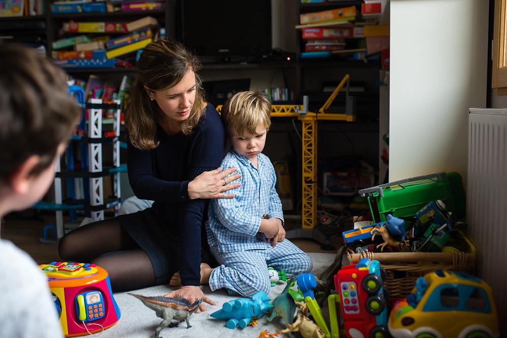 Documentaire photo de famille - Un enfant qui boude