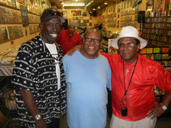 PJ WILLIS WITH CLIFF CURRY OF THE NOTATIONS & CURTIS McCORMICK OF THE LEDGENDS 2
