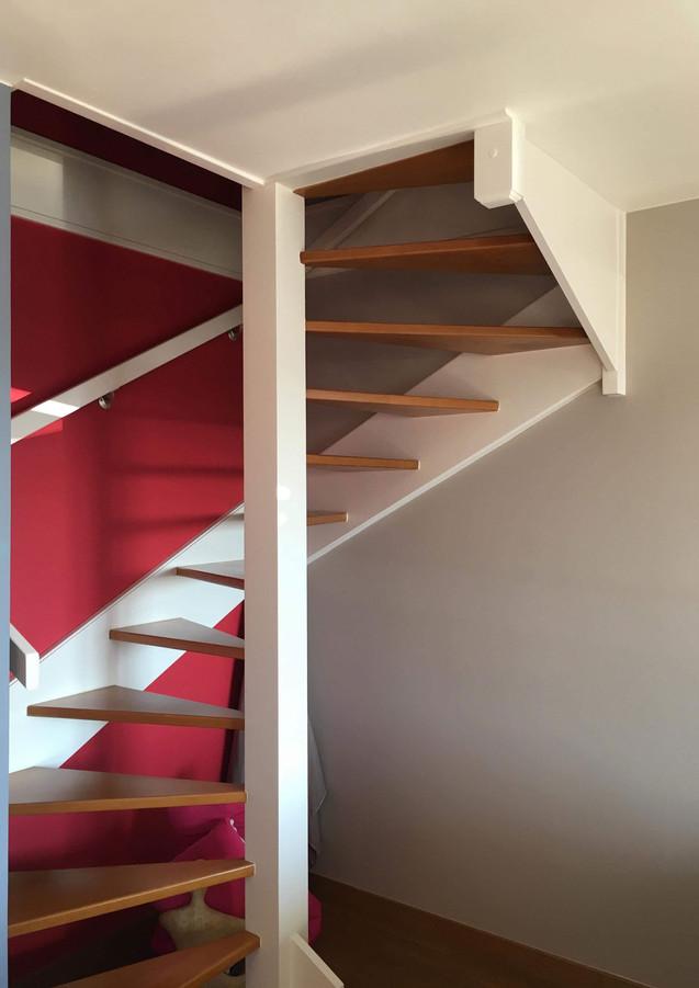 Escalier-déco-peint.jpg