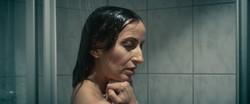 Photo 7 woman_shower