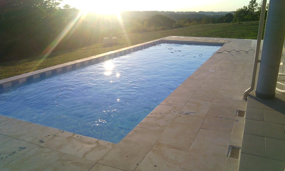 piscine terrasse maçonnerie